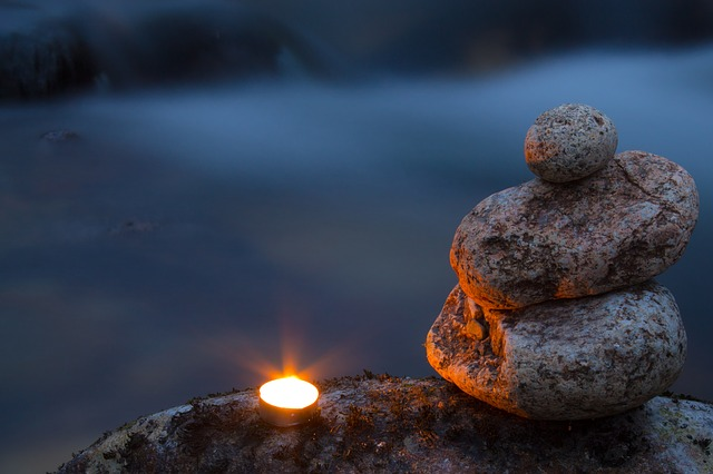 candle-1269704_640